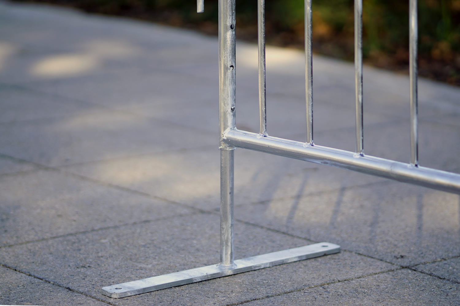 Adjustable height metal barricade, High